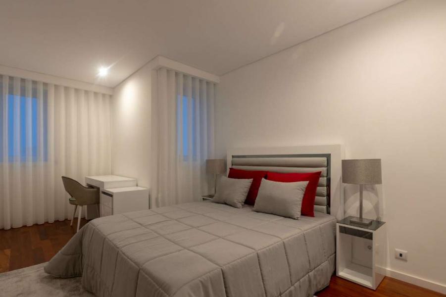 Porto, 3 Bedrooms Bedrooms, ,3 BathroomsBathrooms,Apartment,For Sale,10,1012